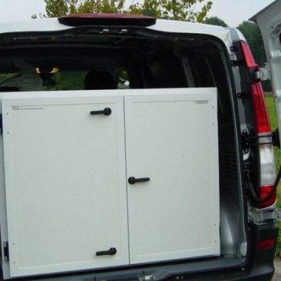 Mobile transport cabinet